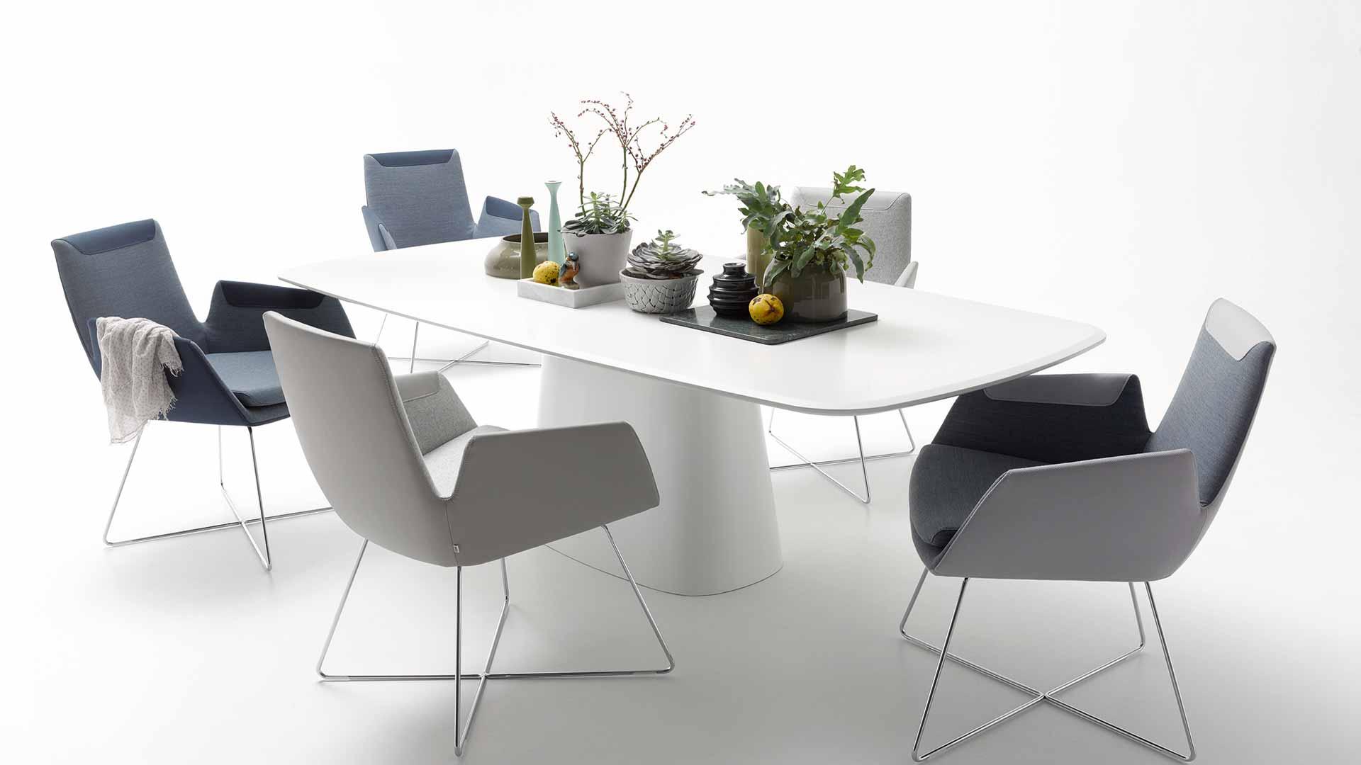 Polstermöbel, Tische und Stühle von COR MÖBEL - Bad Neuenahr ...