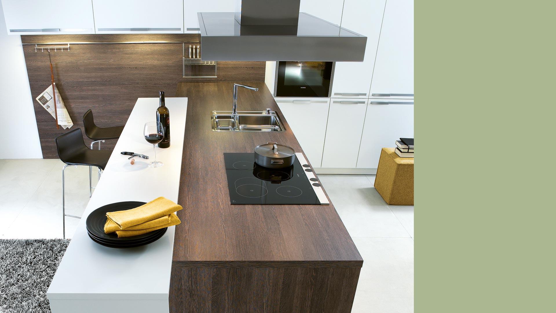 sch ller k chen logo. Black Bedroom Furniture Sets. Home Design Ideas